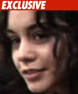 Vanessa Hudgens Naked Pics Vanessa Hudgens is on the warpath against ...