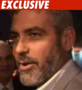 George Clooney sues paparazzi