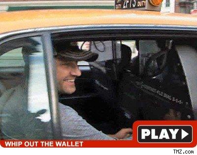 Gerard Butler: Click to watch