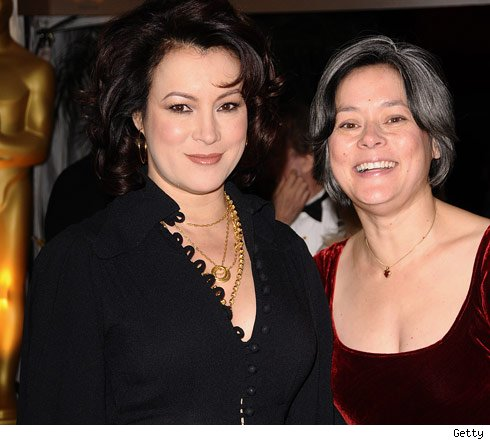 http://ll-media.tmz.com/2009/11/18/1118_jennifer_tilly_meg_tilly_93067139_getty-1.jpg