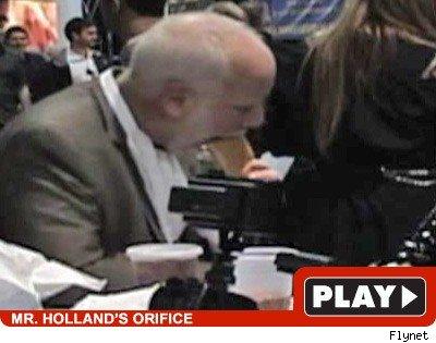 Richard Dreyfuss: Click to watch