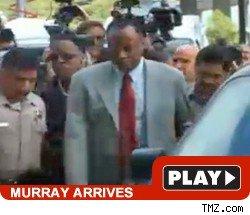 murray arrives