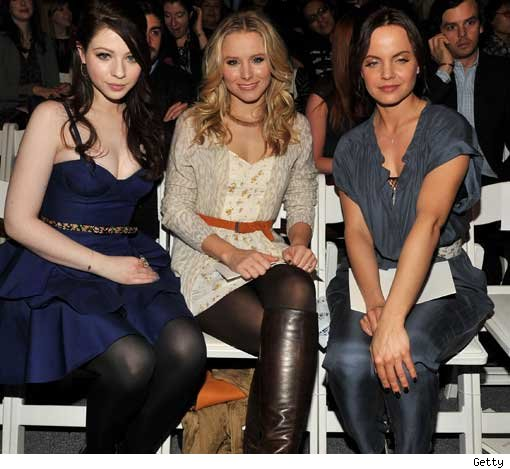 Michelle Trachtenberg, Kristen Bell and Mena Suvari