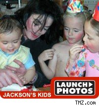  Michael Jackson and kids