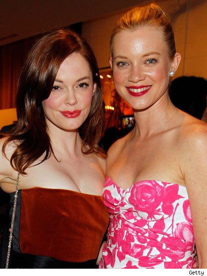 rose mcgowan car accident photo. Rose McGowan and Amy Smart