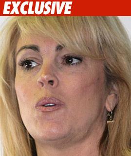 Lindsay Lohan's Mom:
