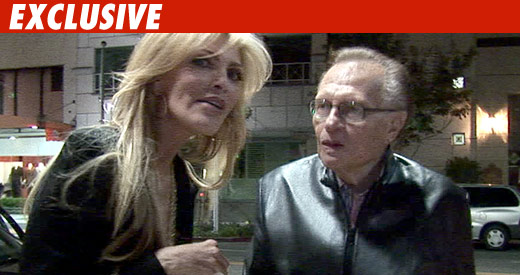 Larry King Shocker -- No Prenup!