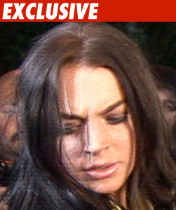 0421_lindsay_lohan_EX_TMZ