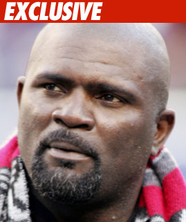 0506_lawrence_taylor_EX_Getty_06