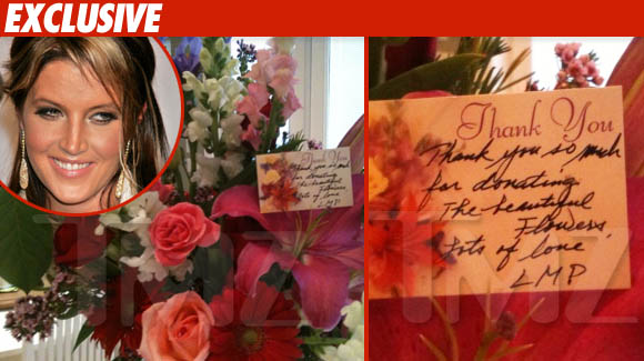 Según TMZ… Lisa Marie – Agradece por el baño de Girasoles == According TMZ…  Lisa Marie — Thanks for the MJ Flower Shower
