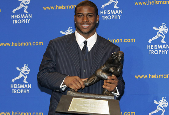 0610_reggie_bush_heisman_long