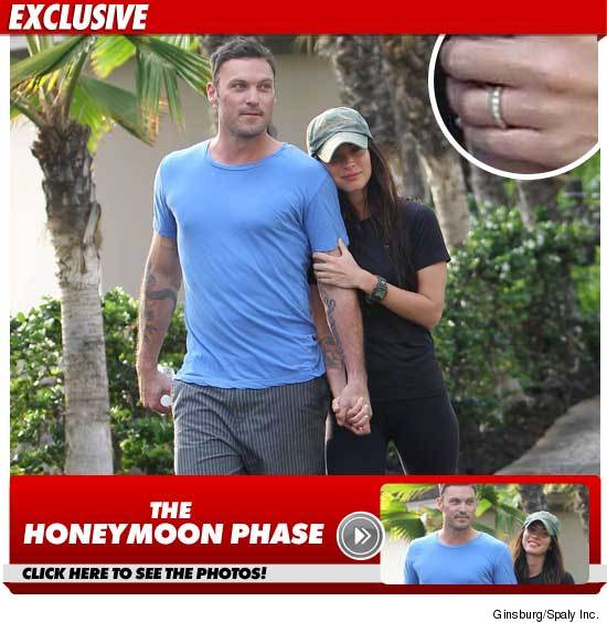 Megan Fox & Brian Green -- Rings