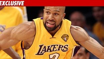 Derek Fisher: I'm Staying with the Lakers