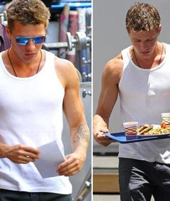 Ryan Phillippe in a Tank Top -- Just 'Cuz