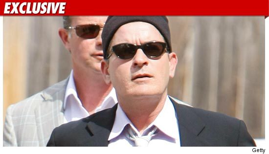 0801_Charlie_Sheen_getty_ex