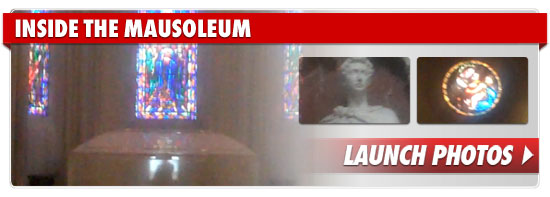 http://ll-media.tmz.com/2010/08/03/083-mausoleum-footer.jpg