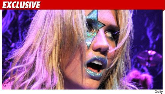 kesha boyfriend 2010. Kesha Lawsuit