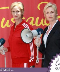 Jane Lynch Gets Waxed