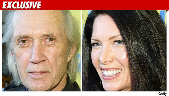 0805_david_carradine_anne_EX_Getty