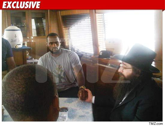 0810_Lebron_James_Rabbi_ex_TMZ_04