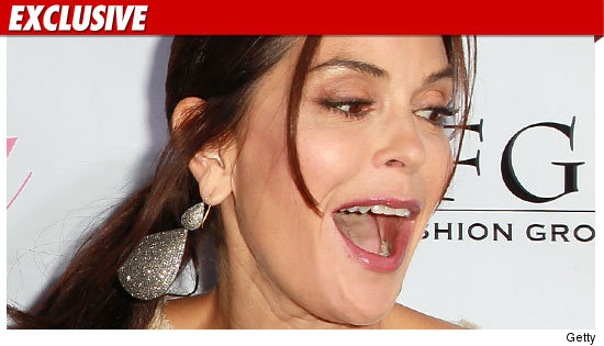 0810_teri_hatcher_EX_Getty_01