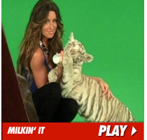 Rachel Uchitel Tiger Video
