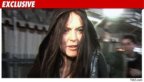 0905_Lindsay_Lohan_TMZ_ex_01