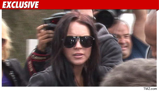 0917lindsay-lohan-ex-tmz-05