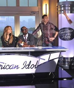 "J.Lo: The ""Idol"" Judge Takes Her Seat"