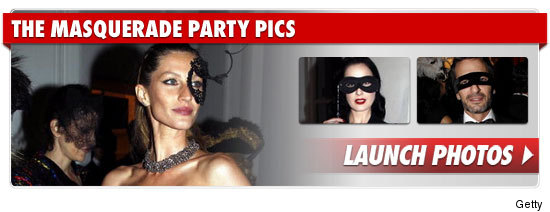 1001_masquerade_party_pics_footer