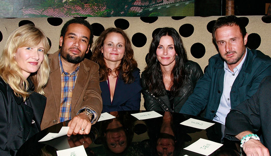 1011_david_ben_laura_courteney_getty_table