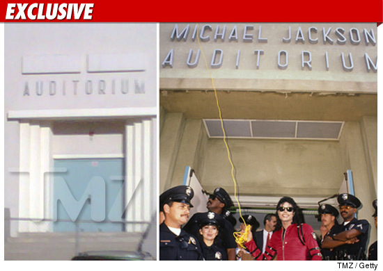 1013_michael_jackson_auditorium_tmz_getty_EX_1