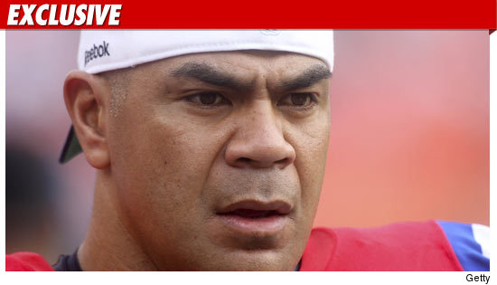 Junior Seau arrested.
