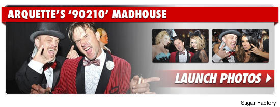1025_arquette_90210_madhouse_footer