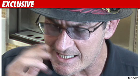 1026_charlie_sheen_EX_TMZ-05