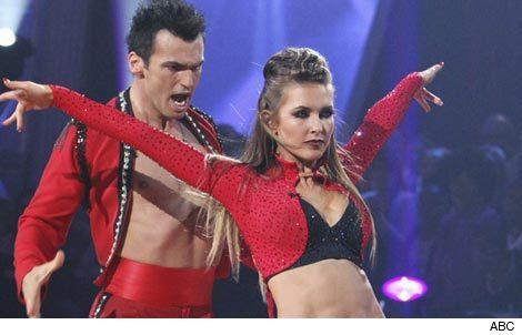 1027_dancing