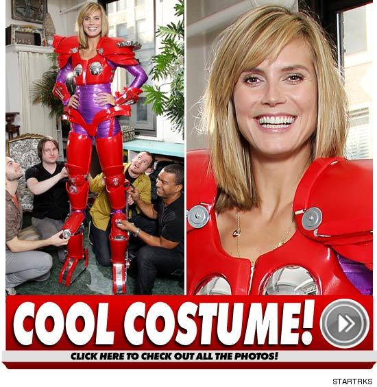 1028_heidi_costume_welcome_launch