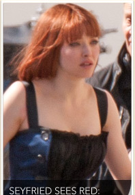Amanda Seyfried Rocks Red Wig
