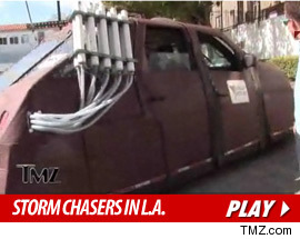 110510_storm_chasers_tmz_tv2