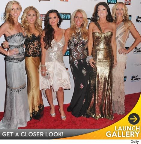 1105_housewives
