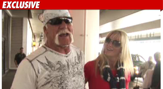 linda hogan boyfriend 2011. Hulk Hogan is getting back