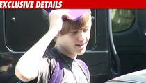 Justin Bieber Injures Knee During Live Concert