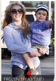 Britney Spends Sunday with Jayden