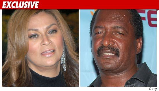 Beyonce's Parents Divorce Off
