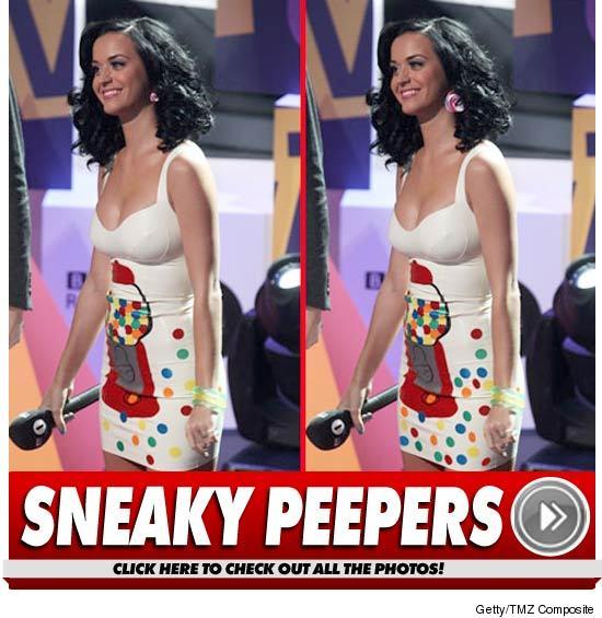 1119_sneaky_peepers