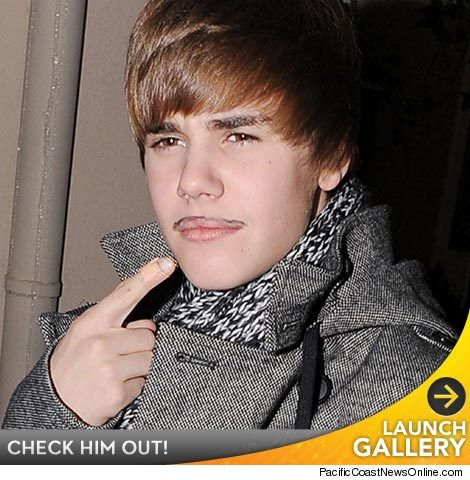 justin bieber mustache real. Justin Bieber Sports Facial