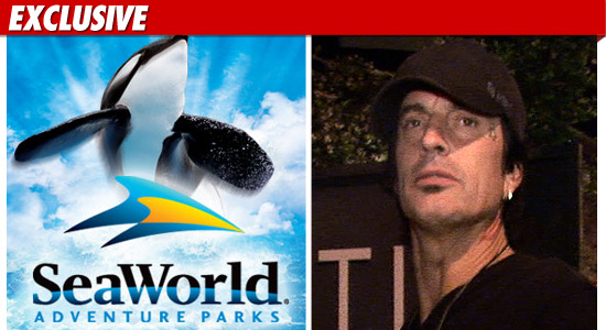 1207_sea_world_tommy_lee_EX_Tmz