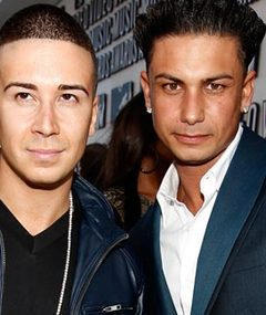 DJ Pauly D & Vinny Splurge On Family For Christmas!