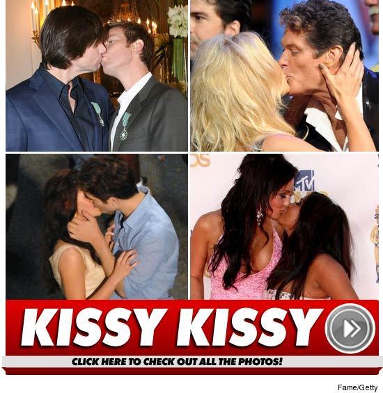 1230_kissing_launch
