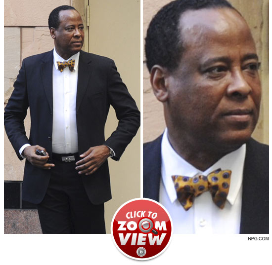 http://ll-media.tmz.com/2011/01/06/0106-conrad-murray-npg-zoom-launch.jpg
